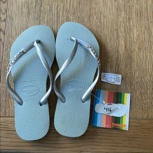 Havaianas,35-36,grey,silver thin strap w/jewel,new